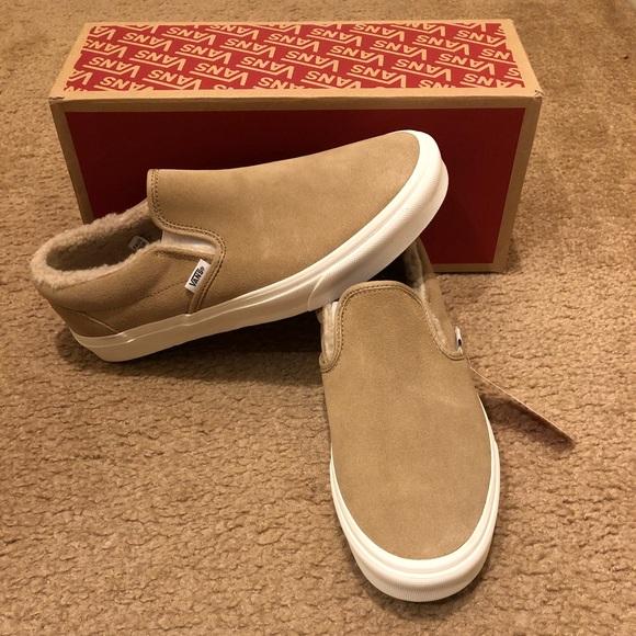 afb38941a83 Suede Fleece Classic Slip On Vans